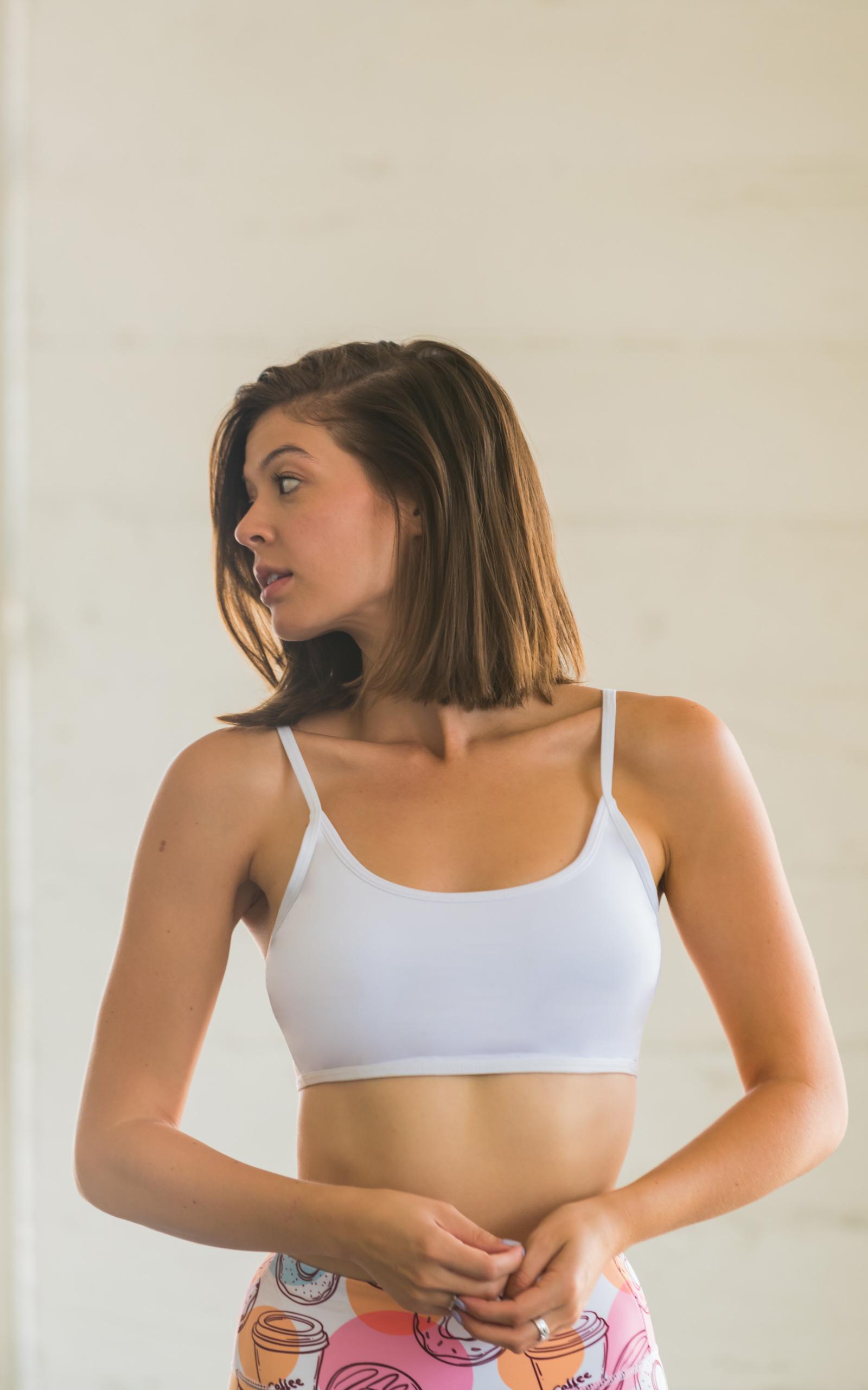 b04f33e997351 Flexi Lexi Fitness Womens White Bralette Sports Bra Lightweight Top ...